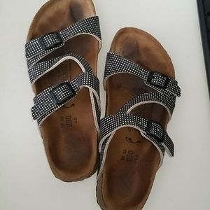 Birki's Salina Mini Points Spot Sandal. 36 N